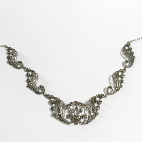 girocollo art deco irlandese in argento sterling