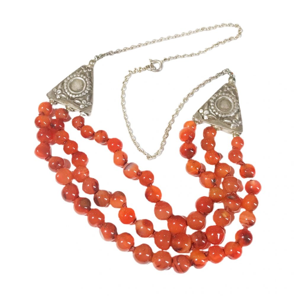 60s ethnic necklace in silver and agate