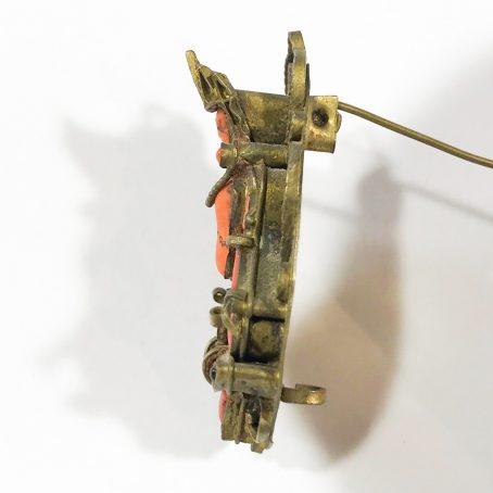 antica spilla gao dettagli