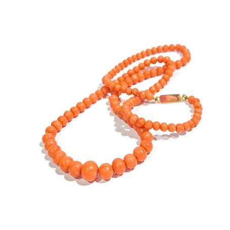 collana vittoriana degradè in corallo di Sciacca