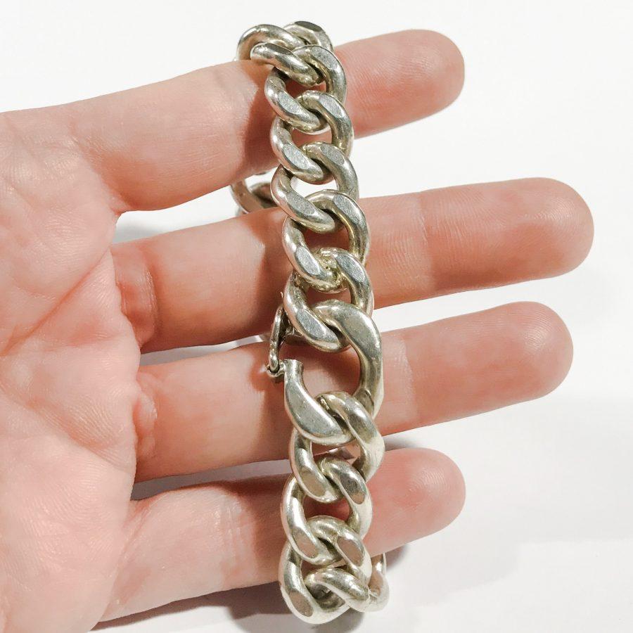 dettagli bracciale retrò da uomo catena piena in argento